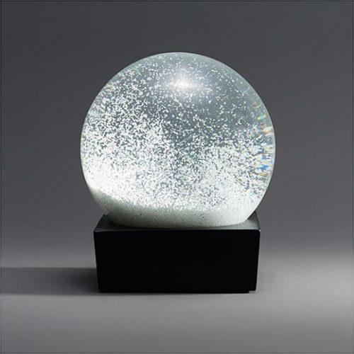 113447_A2_Snowball_Snow_Globe